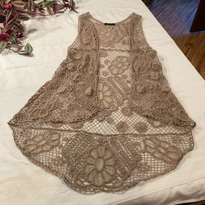 Anna Grace lacy beige vest size Medium